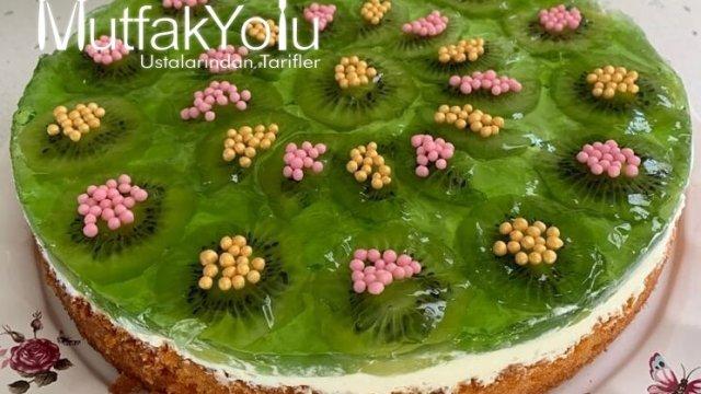 Kivili Yaş Pasta Tarifi