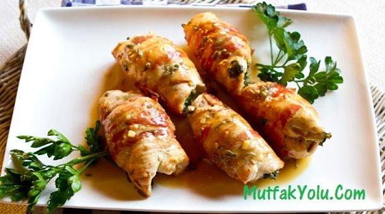 Tavuk Dolması Tarifi (Kabaklı-Biberli)