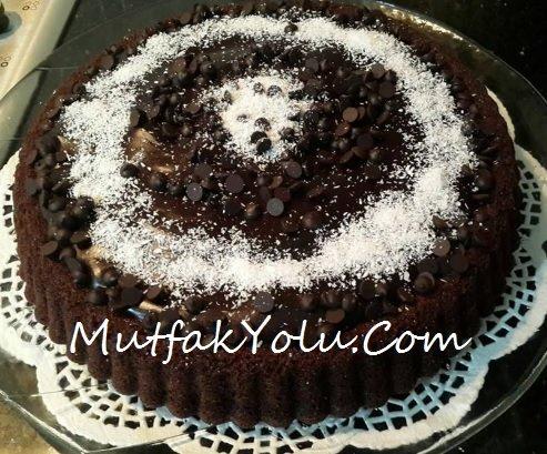 Çikolata Pudingli Tart Pasta