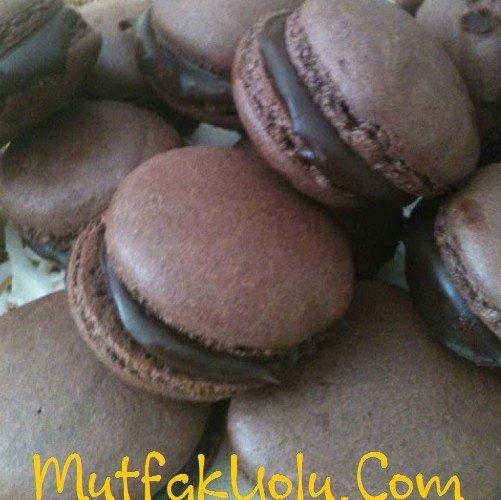 Çikolatalı Macaron Tarifi