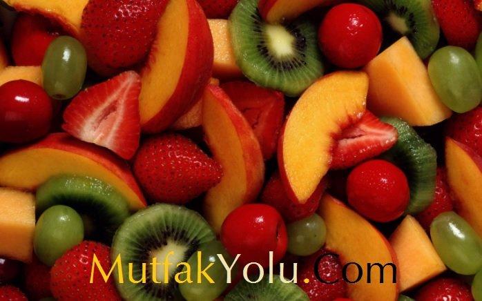 Diyet Meyve Salatası Tarifi