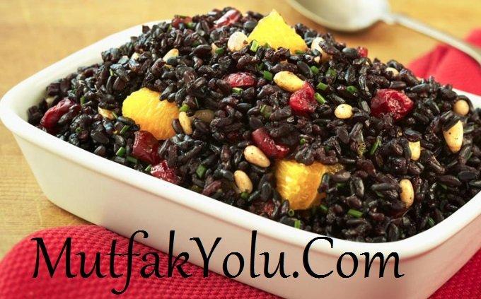 Siyah Pirinç Pilavı Tarifi